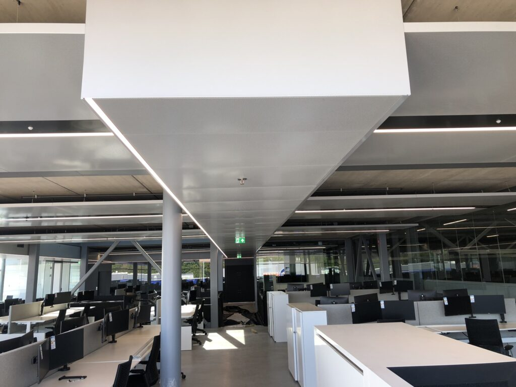 LAN Handling Technologies Tilburg